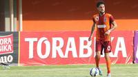 Diego Michiels, PBFC. (Bola.com/Nicklas Hanoatubun)