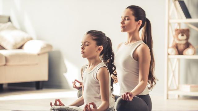 Meditasi, Cara Sehat agar Remaja Bebas Stres (VGStockstudio/Shutterstock)