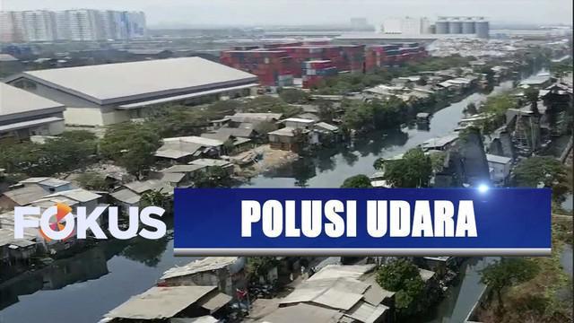 Warga Cilincing resah akibat polusi pembakaran batok kelapa, Pemprov DKI Jakarta kecam beri sanksi jika industri tak ikuti aturan.