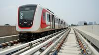 Laju LRT pun sangat cepat tanpa goncangan sedikit pun.
