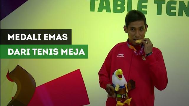 Berita video atlet tenis meja Indonesia, David Jacobs, merebut medali emas pada Asian Para Games 2018 pada nomor tunggal putra TT10.
