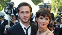 Beberapa artis Hollywood ini ternyata menemukan cinta di lokasi syuting. Siapa saja mereka? ( FRANCOIS GUILLOT/AFP)
