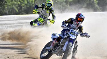 Dua pebalap Indonesia Galang Hendra Pratama dan Imanuel Putra Pratna mendapat pelatihan langsung dari Valentino Rossi di Italia.