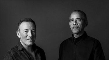 Podcast Bruce Springsteen dan Barack Obama sedang diadaptasi sebagai buku yang akan rilis Oktober. (Associated Press)