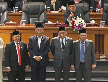 Rapat Paripurna Penetapan Pimpinan DPRD DKI
