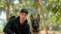 Bima Arya dan anjingnya bernama Sparta (Sumber: Instagram/paltakush)