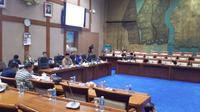 Rapat Dengar Pendapat (RDP) Komisi VII DPR RI dengan pelaku industri minyak dan gas (migas), di Gedung DPR, Jakarta, Rabu (4/4/2018).