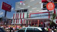 Pusat perbelanjaan yang berlokasi di di Jalan Dewi Sartika, Pancoran Mas, Depok ini hadir sebagai destinasi belanja keluarga yang nyaman.