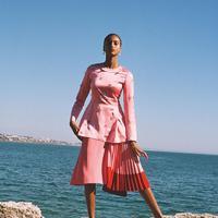 Simak istilah fashion apa saja sih yang kerap menimbulkan pertanyaan? (Foto: Instagram/ British Vogue)