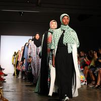 Vivi Zubedi kembali hadir di New York Fashion Week. (Istimewa)