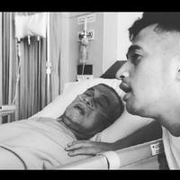 Irfan Hakim bersama mendiang ayahnya (foto: sumber akun instagram Irfan Hakim)