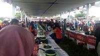 Ratusan orang mengikuti lomba masak dengan menu sehat di Alun-Alun Kidul Yogyakarta