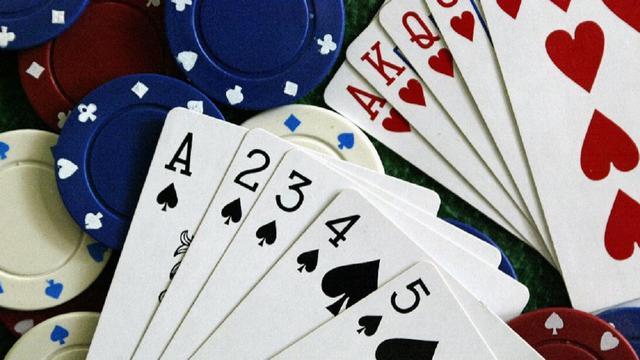 Bermain Satu Tangan Ala Gim Asah Otak Poker Garuda E Sports Bola Com