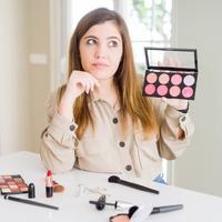 Ilustrasi kosmetik/copyright shutterstock