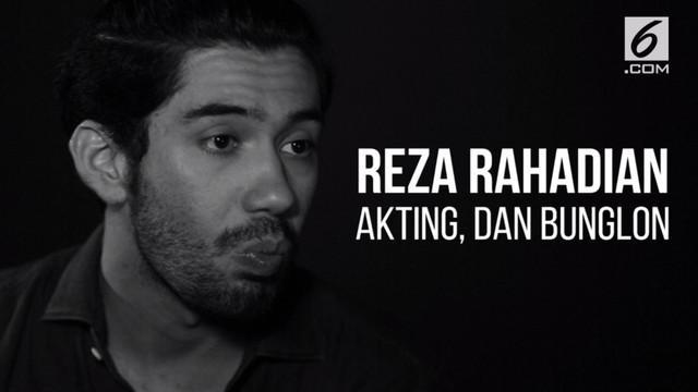 Reza Rahadian banyak dipuji karena mampu memainkan beberapa jenis peran.