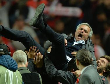Manchester United, Ajax Amsterdam, Piala Europa, Jose Mourinho