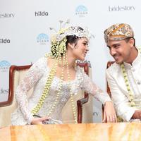 Preskon Pernikahan Raisa - Hamish Daud (Adrian Putra/bintang.com)