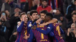1. Barcelona - 46 poin (AFP/Josep Lago)