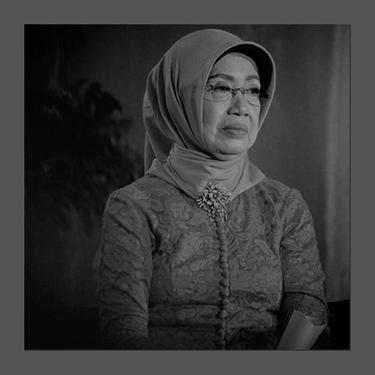 Ibunda Presiden Joko Widodo, Sudjiatmi Notomiharjo. (Foto: Instagram terverifikasi @jokowi)