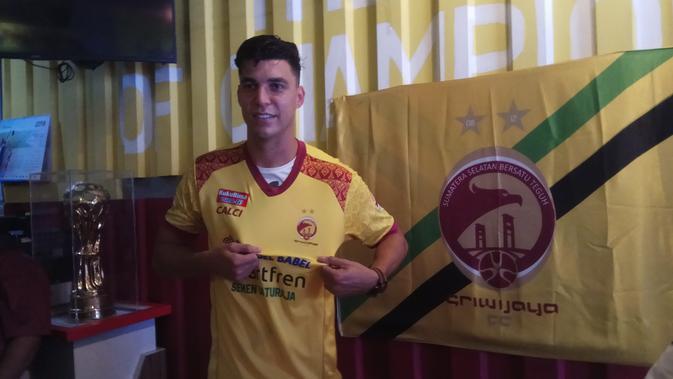 Alan Henrique menjadi salah satu pemain baru yang direkrut Sriwijaya FC di laga Liga 1 2018 (Liputan6.com / Nefri Inge)