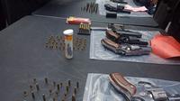 Petugas Kepolisian Resor Karawang, mengamankan 4 orang terduga perakit dan pelaku jual beli senjata api (senpi) tanpa izin. (Liputan6.com/ Abramena)
