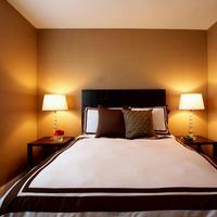 Kamar tidur yang kecil enggak jadi masalah lagi buat kamu yang mendambakan kamar yang luas.