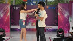Aktor Eza Gionino sempat mengatakan bahwa dirinya sungguh ketakutan menghadapi akting peserta Miss Celebrity 2014 Bandung, (28/9/14). (Liputan6.com/Panji Diksana)