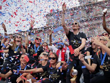 Parade Kemenangan Timnas Sepak Bola Wanita Amerika Serikat