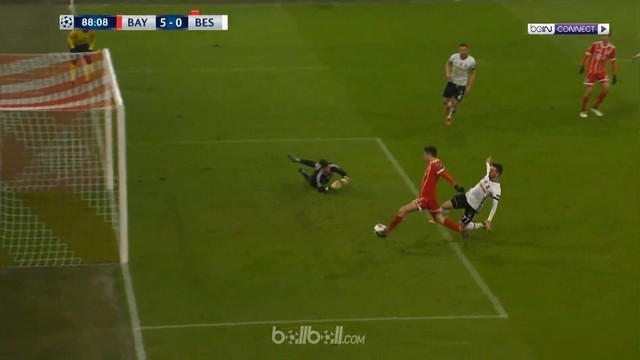 Berita video gol-gol yang tercipta saat Bayern Munchen menang telak atas Besiktas di Liga Champions 2017-2018. This video presented by BallBall.