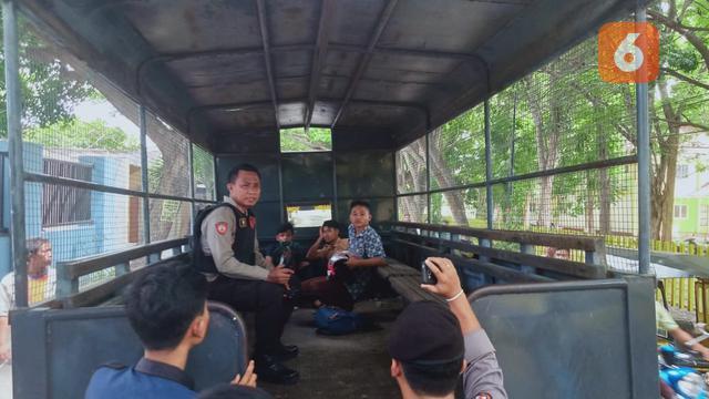 Hasil gambar untuk Hanya Karena Tali Beha, Ratusan Siswa SMK Gorontalo Terlibat Tawuran