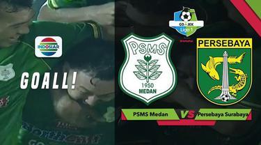 Pemain PSMS Medan, Shohei Matsunaga mencetak gol spektakuler dari luar kotak penalti saat menghadapi Persebaya Surabaya dalam lanjutan Gojek Liga 1 2018 bersama Bukalapak, Sabtu (1/12/2018)