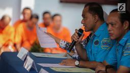 Kepala BNN Komjen Pol Heru Winarko memberi keterangan saat rilis pemusnahan barang bukti sabu di Kantor BNN, Jakarta, Jumat (10/5/2019). Sabu yang dimusnahkaan merupakan sitaan dari enam kasus berbeda. (Liputan6.com/Faizal Fanani)