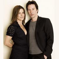 Keanu Reeves dan Sandra Bullock (Pinterest)