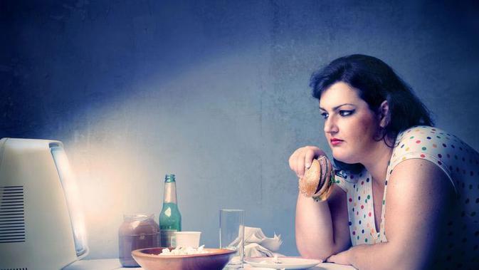 Mengenal Binge Eating Disorder – Gangguan Makan Berlebihan