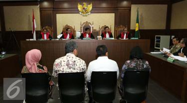 Sejumlah saksi dihadirkan dalam Sidang Lanjutan kasus suap Raperda Reklamasi dan tindak pidana pencucian uang dengan terdakwa Mohamad Sanusi di Pengadilan Tipikor, Jakarta, Rabu (31/8). (Liputan6.com/Helmi Afandi)