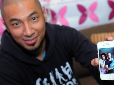 Marcell Siahaan sumringah atas kelahiran anak ketiganya pada 22 September 2014. (Liputan6.com/Faisal R Syam)