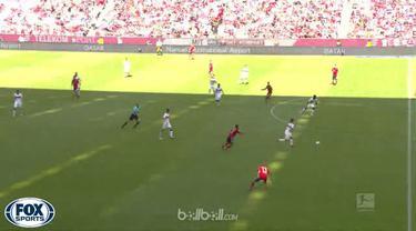 Bayern Munich mengakhiri musim dengan mengalami kekalahan telak 4-1 atas Stuttgart di rumah sendiri, Sabtu (12/5). Anastasios Doni...