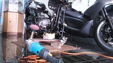 Mengenal Detailing, Cuci Motor Plus Make Up