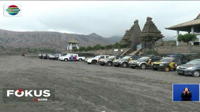 Kebijakan penutupan wisata Gunung Bromo dimaksudkan agar warga Suku Tengger dapat lebih khidmat dalam beribadah.