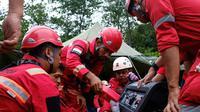 Menurut data rekapitulasi dampak banjir dan longsor Jabodetabek & Lebak dari situs BNPB, sampai dengan Jumat 10 Januari 2020 pukul 06.00, di Kabupaten Lebak tercatat 5.139 jiwa mengungsi, sedangkan di Kabupaten Bogor 22.504 jiwa. (foto: PT Aneka Tambang Tbk (Antam)