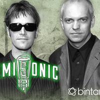 Menyimak salah satu kenangan 90-an bersama band Semisonic di hits andalan, Closing Time. (Foto: bbc.co.uk, Desain: Nurman Abdul Hakim/Bintang.com)
