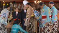Presiden SBY menyaksikan rangkaian prosesi ritual adat pernikahan putri Sultan HB X, GKR Hayu, dengan KPH Notonegoro (Rumgapres/ Abror Riski)
