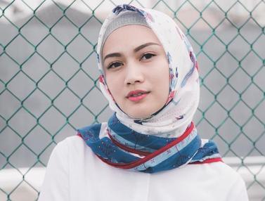 Gaya Hijab Melody Eks JKT48