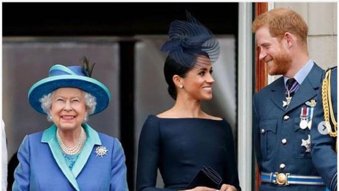 Ratu Elizabeth, Meghan Markle dan Pangeran Harry. (dok.Instagram @hm.queenelizabeth/https://www.instagram.com/p/B7ehX2noKWo/Henry)