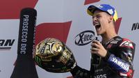Pembalap Monster Energy Yamaha, Fabio Quartararo, menjuarai MotoGP 2021 pada debutnya bersama tim pabrikan. (AP Photo/Antonio Calanni)