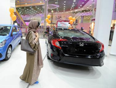 Showroom Mobil Khusus Wanita Dibuka di Arab Saudi