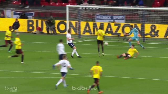 Tottenham menempel ketat Liverpool dalam perebutan tiket langsung Liga Champions musim depan di klasemen Liga Inggris usai menundu...