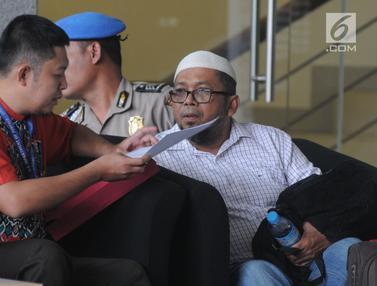 Mangkir Dua Kali, Eks Anggota DPRD Sumut Menyerahkan Diri