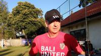 Pelatih Bali United, Hans Peter Schaller (Dewi Divianta/Liputan6.com)
