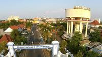 Menara Air menjadi salah satu ikon Kota Cirebon merupakan karya fenomenal di era Walikota Cirebon RSA Prabowo yang merupakan kader PKI. Foto (Liputan6.com / Panji Prayitno)